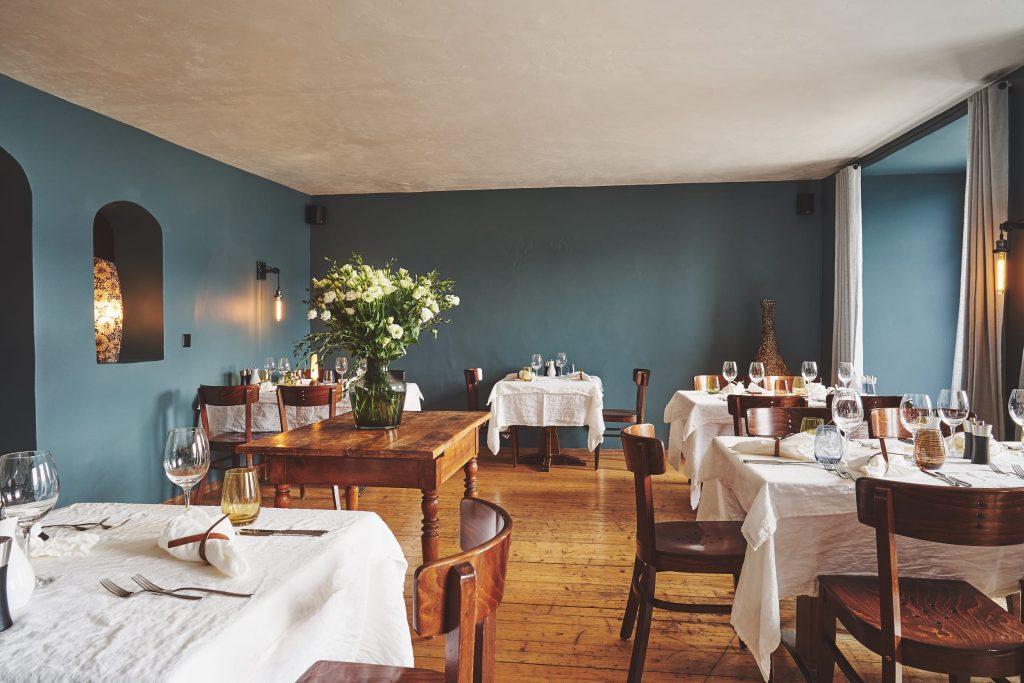 Innenansicht unserer Bar in Rapperswil am See - Willkommen in der Vinobar Sottoscala